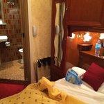 Room & Bathroom
