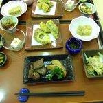 郷土料理の夕食