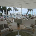 poolside bar area