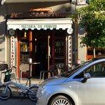 Pizzeria Da Franco (opposite Hotel Capri)