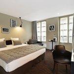 Hotel Helios Opera - EMERAUDE HOTELS