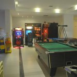 the basement - arcade games, pool & table tennis