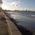 VIsta da praia para Manaíra em frente ao Hotel