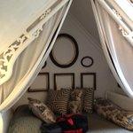 Queen bed nook