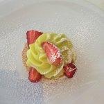 Macaronnade fraise pistache
