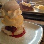 Meringue with raspberries and ice cream
