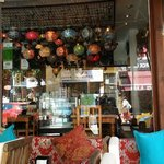 Afuera de Rumist Café