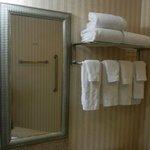 Rm 320 bathroom