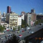 Из окна виден краешек площади Испании