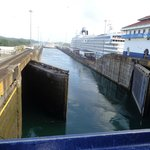 Transit of ships through the Panama Canal