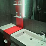 Neu und modern: das Bad (Standard DZ)