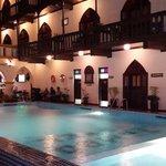 Odalar ve havuz