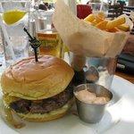 6 oz cheeseburger