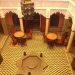 Riad Dar Mimouna - Overview of the patio