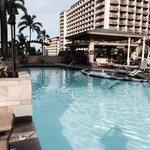 Embassy Suites Beachwalk Pool