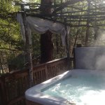 Hot tub -- Willow Cabin