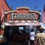 Pertinho do Aquario de Monterey o chowder do Fish Hopper é imbatível