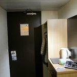 ブリット ホテル トゥール シュッド ・・・入り口ドア