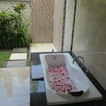 Rose petals in bath