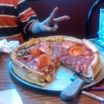 OMG... best deep dish in Sheboygan Wi. not only that has the next best thing to thr authentic Ch