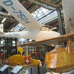 представлены первые самолеты