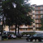 vue de l'hôtel  avec 6 étages