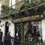 the flat of Mr Sherlock Holmes
