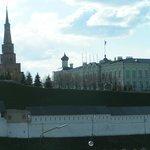 Вид на башню с ул. Большая Красная