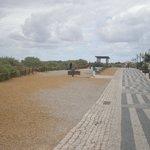 promenade walk from praia da vau to praia da rocha