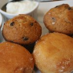 High Tea: muffins and caramel beignets