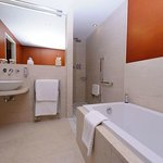 Spa Room bathroom