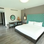 Master Bedroom (99474678)