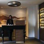 L'Accueil au Restaurant L'ESCALE à l' hôtel  PULLMAN PARIS CHARLES DE GAULLE AIRPORT
