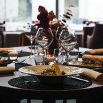 La  Table au  Restaurant l'Escale  HOTEL PULLMAN PARIS CDG AIRPORT