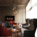 LE BAR LOUNGE HOTEL PULLMAN PARIS CHARLES DE GAULLE AIRPORT