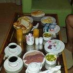 honeymoon breakfast in bed... fantastic