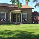 Maxwell Creek Inn decorated for Memorial Day