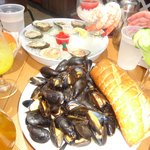 Cold Platter & Mussels