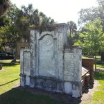 Colonial Cemetery May 2014