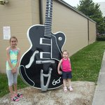 big guitar out side of studio b.   ONe of many in nashville