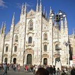 Milano Duomo, two blocks from hotel
