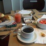 desayuno bufet,muy completo y riquisimo