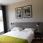 Chambre avec balcon, kitchenette...