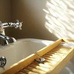 Edwardian Slipper Bath