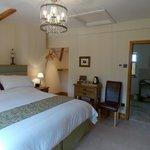Kiftsgate Room & ensuite