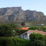 direkt unterhalb des Tafelberges
