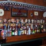 Los jarros en un pub