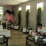 South Seas Hotel - Lobby