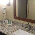 King Suite #503 bathroom