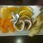 Breakfast fruit platter for 2